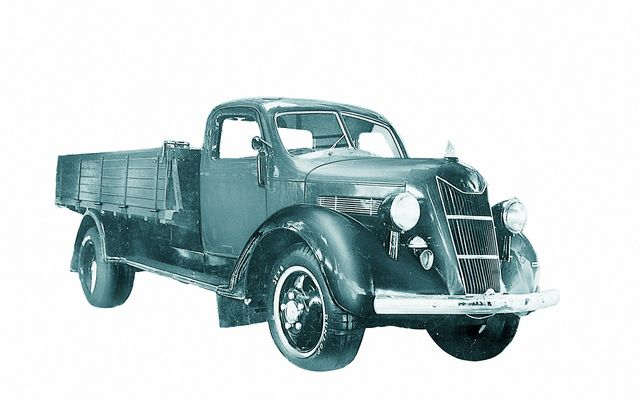 10-Toyota-Model-G1-truck-1-W