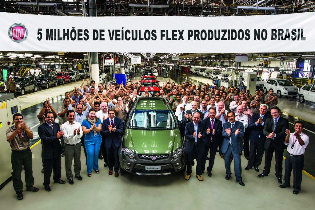 Fiat Automóveis Betim - MG 5 Milhões de Veículos Flex Produzidos no Brasil Foto Leo Lara/Studio Cerri