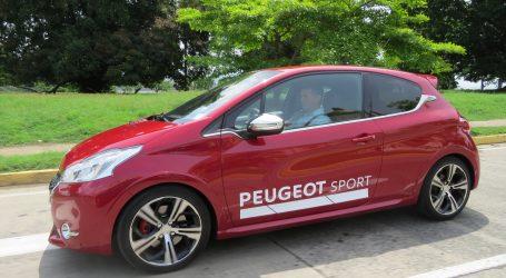 PEUGEOT 208 GTI. Leoncito feroz